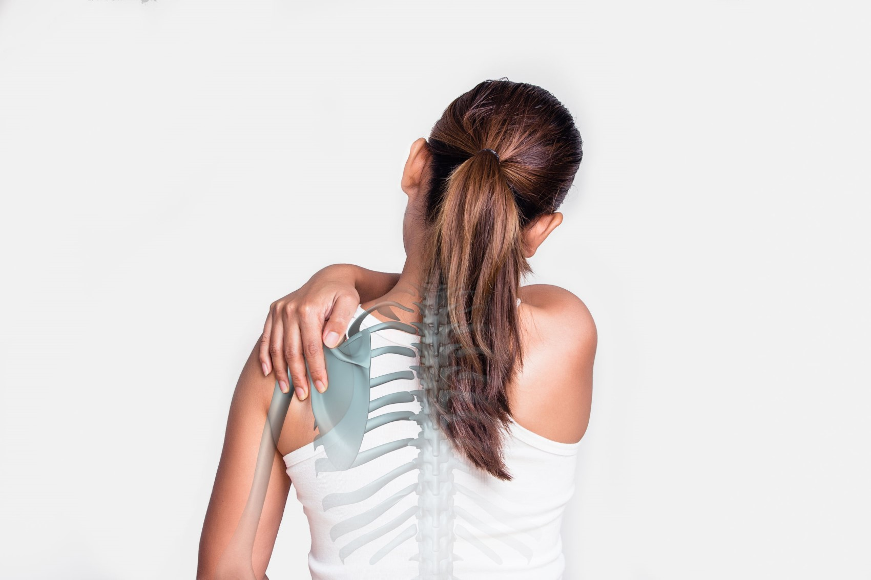 What is a Physiatrist? - Asian woman with shoulder pain